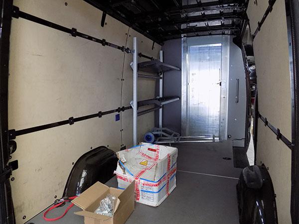 Garage-Carros-Sapla---Aménagement-Meubles-Et-Bois-Intérieur-(1)