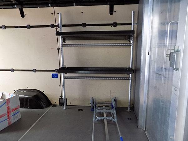 Garage-Carros-Sapla---Aménagement-Meubles-Et-Bois-Intérieur-(2)