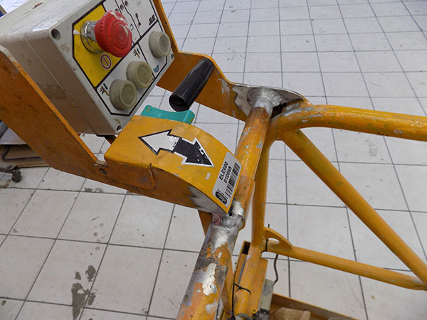 Garage-Carros-Sapla---Poste-à-Souder-Aluminium-(4)